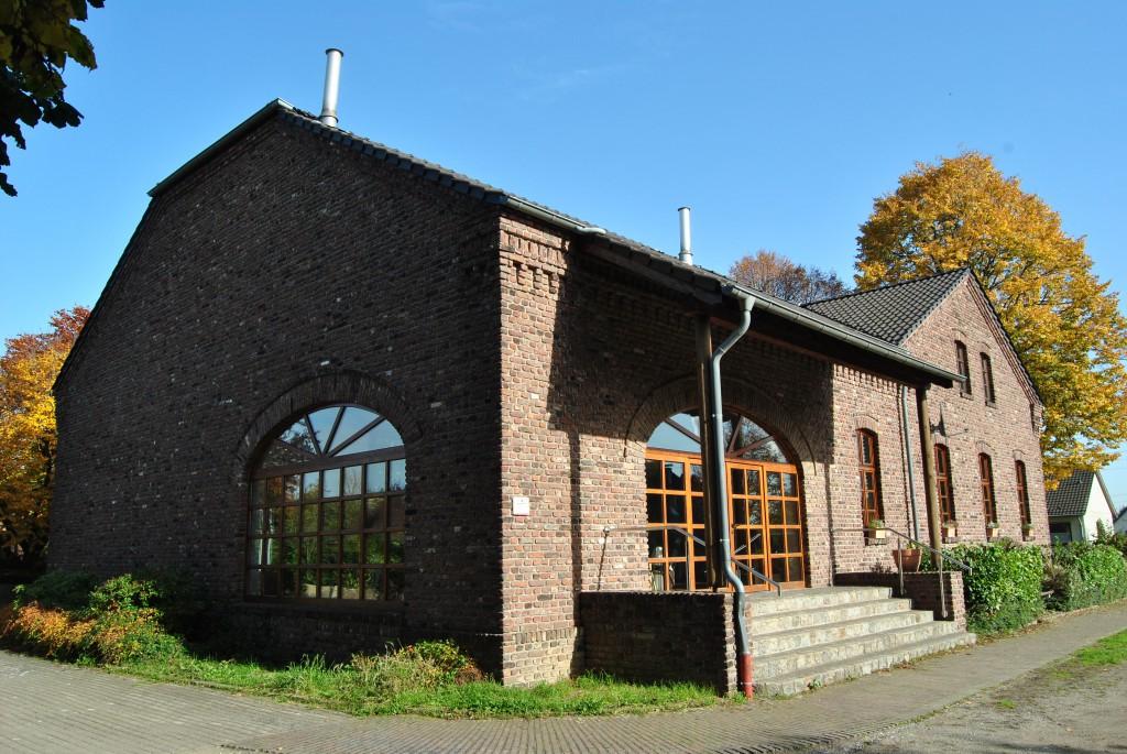 """Archivphoto Eventhouse """"de alde School""""-Team"""